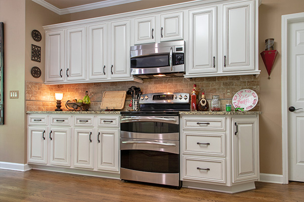 new white kitchen cabinets
